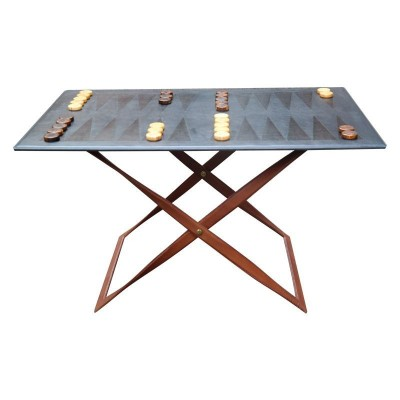 Luxury backgammon table
